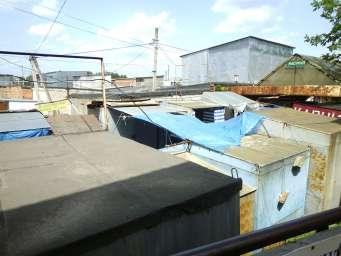 Хмельницкий вещевой базар - контейнеры возле гаражей